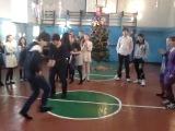 Азер, Украинец, Турак выжегают в 130 школе